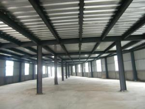 China High Strength Garage Steel Frame With Colored Steel Sheet And Frp Lighting Tiles on sale