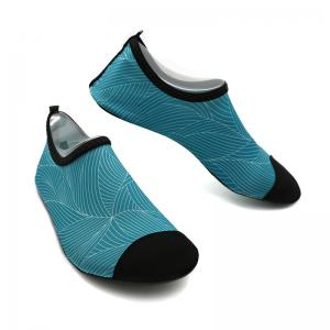 China Blue Mens Aqua Socks Water Shoes For Surfing With Heat Transfer Logo on sale