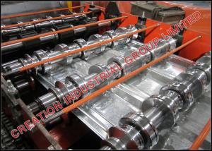 """China 1 ½ ' """"x 6 """"a galvanisé la plate-forme de plancher composée en acier faisant la machine avec des rouleaux d'Emobssing on sale"""