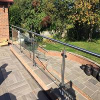 China 304 grade Stainless steel handrail with glass panels design on sale