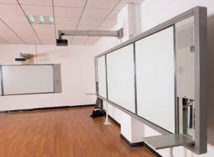 China Proyección inteligente Whiteboard E que aprende la sala de clase con el tablero seco del marcador del borrado on sale