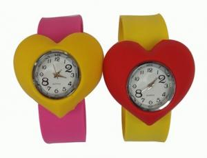 China Sport Heart Shape Waterproof Slap Silicone Watch For Kids With Japanese Movement on sale
