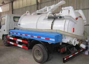 China 5-6CBM LHD 4X2 Sewage Suction Truck , Combination Sewer Cleaning Truck on sale