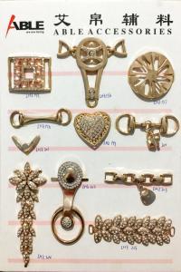 China Women Decorative Shoe Buckles Zinc Alloy Buckle Chain Shoe Accessories on sale