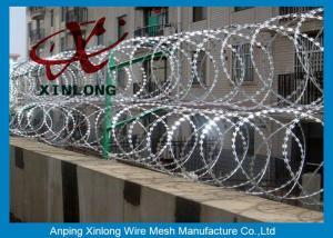 China Alambre de púas galvanizado Caliente-sumergido de la maquinilla de afeitar con BTO-11 BTO-22/Bazor de púas on sale