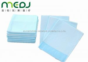China Baby Disposable Medical Underpads , Anti - Leakage Disposable Bed Pads For Elderly on sale