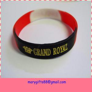 China fast shipping factory sale logo oem debossed silicon wristband on sale
