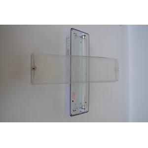 China La sortie de secours cd de batteries de Ni allume la LED avec le logement de PC de lampe fluorescente de T5 8W on sale