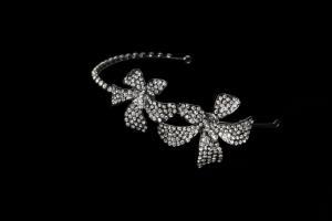 China 2013 New Fashion Wedding Crystal Bridal Jewelry Elegant  Flower Crystal Hair Accesoories G1203-GUN-001 on sale