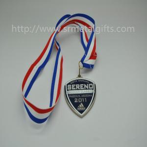 Metal run race medal with ribbon, ribbon sports race medallions