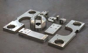 China Automative Screw Precision Machined Components Heat Treatment Surface OEM Services on sale