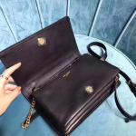 Old-fashioned Europe, new LV the bow on the front is not so frisky  Use imported calfskin, the inside is sanded to feel,