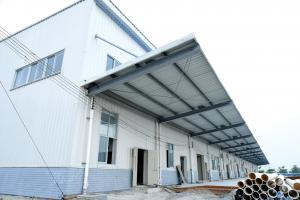 China Paint Treatment Garage Steel Frame Lightweight Steel Structures- Green Building on sale