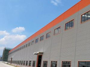 China Large Span Light Steel Structure Warehouse Heat Insulated Little Noise on sale