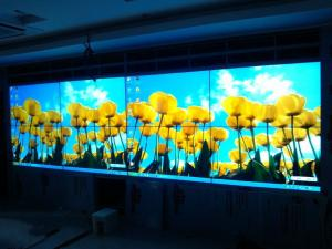 China Indoor Movable LED Full Color Led Display Board 1000cd/㎡ Brightness Seamless Instalation on sale