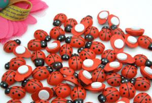 China 9*13mm Wooden Ladybug With Sponge Sticker Mini Cute Insect Home Decor Artificial Decorative Flowers Crafts on sale