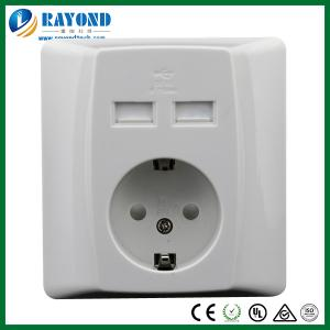 China 16A/250V German Type Schuko Outlet with Double Port 5V/2A USB Charging Socket on sale