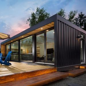 China ISO90001 40 Foot Prefab Repurposed Shipping Container House on sale