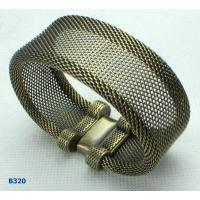 Elegant designs and excellent finishing Alloy + Metal Jewelry Metal Bangles