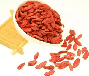 China 2018 new crop goji berries 100% natural wolfberry BCS Certificated Organic Goji Berries From Ningxia Manufacturer on sale