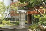 Modern Garden Large Outdoor Sculpture , Stainless Steel Fountain Surface Polished
