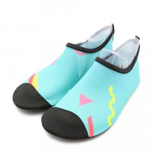 China Free Sample Summer Water Gym Shoes River Wading Shoes For Men And Women on sale