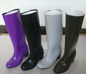China Lady PVC rain boots,lady dot gumboots,lady wellingtons,adult rain shoes on sale