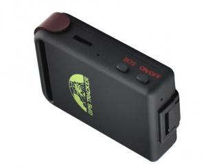China Portable rechargeable personal gps / gsm tracking device with mobile app on sale