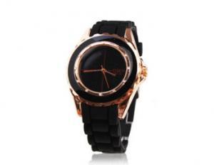 China Fashion SIlicone Quartz Watch (JS-3022) on sale