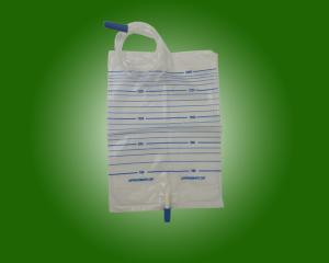 China Hospital Use Kinds Of Medical Grade PVC Drainage Urine Bags with push-pull Valve with CE and ISO on sale