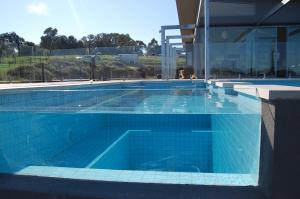 Light Green Diy Frameless Glass Pool Fence 15 Mm For Swimming For Sale Pool Fencing Glass Manufacturer From China 105331336