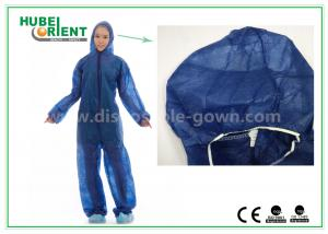 China Disposable Non woven long sleeve coveralls With Elastic Wrists and Ankles , Size custom on sale