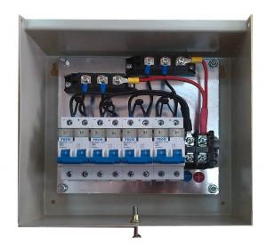 China TUV 10A String Monitoring Combiner Box 1000V DC For Solar Renewable Energy on sale