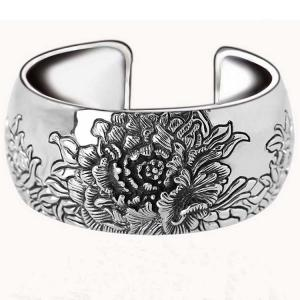 China Retro Vintage 925 Sterling Silver Wide Cuff Bracelet Engraved Flower (XH042025) on sale