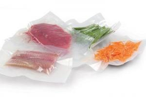 China Laminated Food Vacuum Bags , Plastic Vacuum Food Storage Bags High Temperature on sale