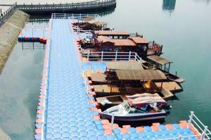 Quality Pontón del HDPE del fabricante de China para los muelles de la nave for sale