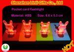 Poche de forme colorée de lapin d'ABS la mini a mené les jouets de clignotant de la lampe-torche LED de carte