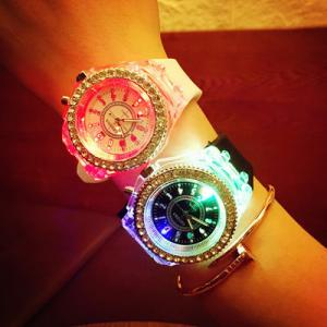 China wholesale  New led light geneva diamond stone crystal watch unisex silicone jelly candy watch fashion flash up backlight on sale
