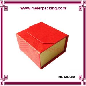 China Luxury Custom Paper Cardboard Magnetic Jewelry Gift Packaging Box for Ring ME-MG020 on sale