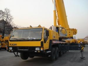 Quality 130 Ton Hydraulic Mobile Crane for sale