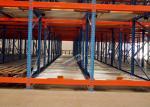 A manutenção do racking do fluxo de pálete dos congeladores livra, as cremalheiras FIFO do transporte de materiais operadas