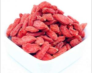 China Raw Material Dried Fruit Snacks , Organic Dried Fruit Goji Berrie For Health Care Tea on sale