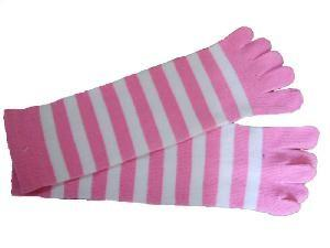 China Cute Breathable pink cotton jacquard women knitted five Toe Socks with nylon on sale