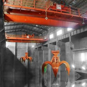 China Mini Electric Hydraulic Garbage Crane 16T 20T Steel Making Red Painting on sale
