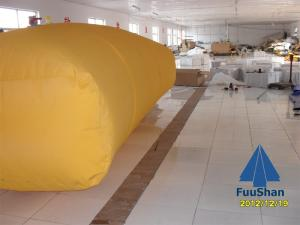 China Fuushan Factory Price Flexible Pillow PVC Water Tank Cleaning Machine on sale