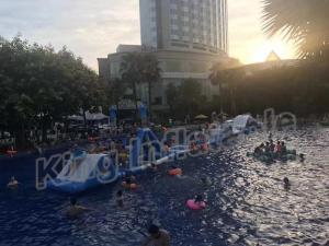 China Commercial Grade Kids Blow Up Water Park , Giant Inflatable Water Sports on sale