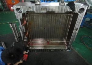 China Fabricante del moldeo por inyección en China - la producción plástica de las piezas de los útiles y del plástico del molde de TTi on sale