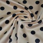 絹のサテン