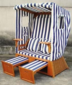 China Waterproof Wood And PE Rattan Roofed Beach Chair & Strandkorb In Summer on sale