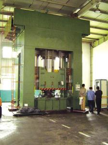 China 1600T Hydraulic Hot Extrusion Press , Shaft Parts Impact Extrusion Press Machine on sale